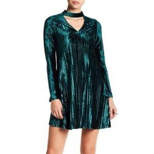 Nicole Miller Green Velvet Pleated Dress NWT